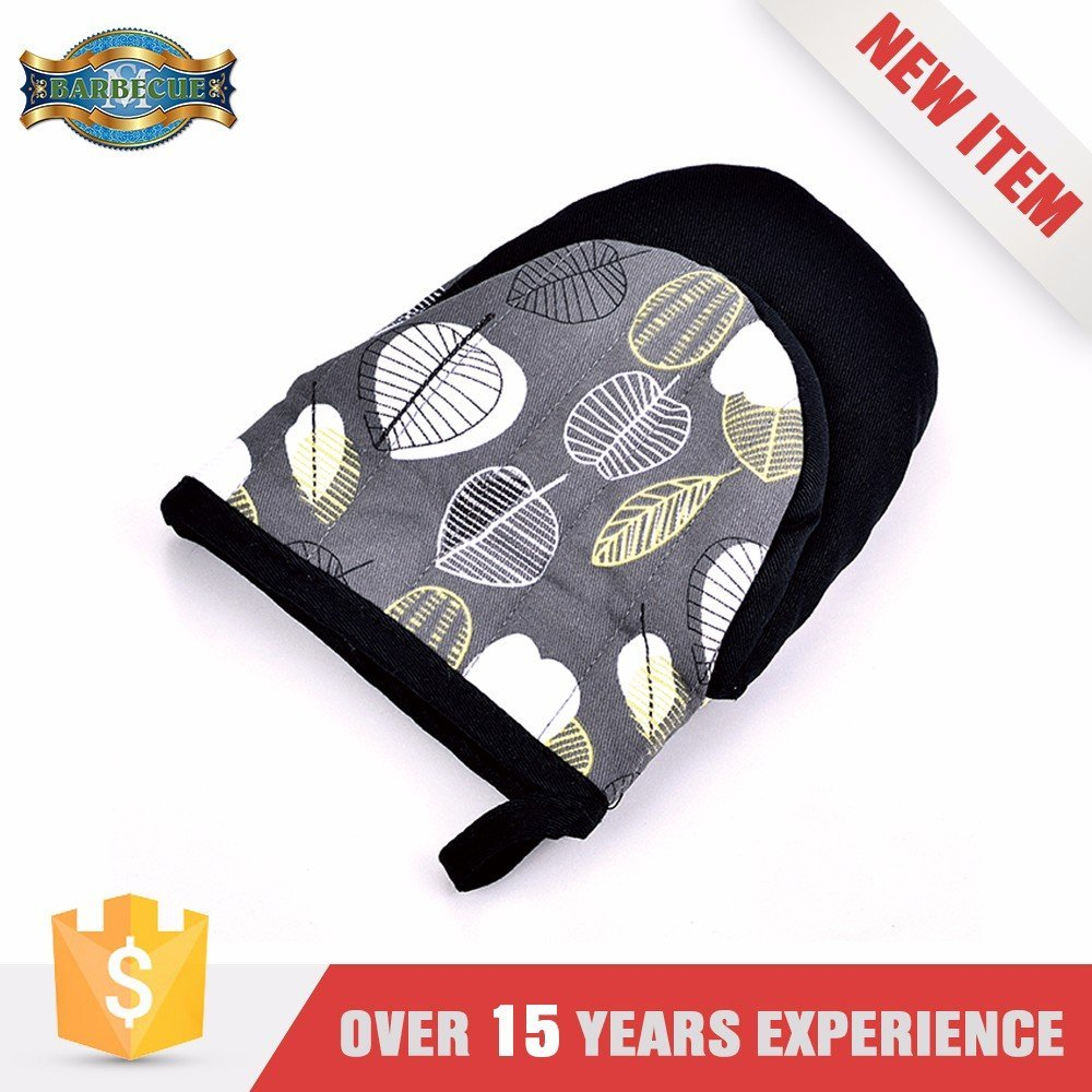 Exceptional Quality Easy To Use Apron Oven Gloves Set