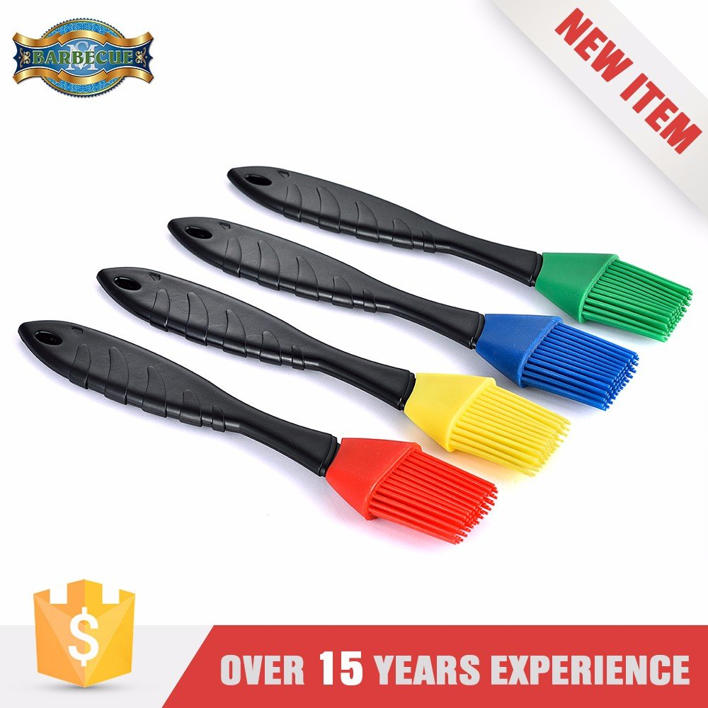 Super Quality Heat Resistance Bbq plastic handle brushes silicone basting brush set