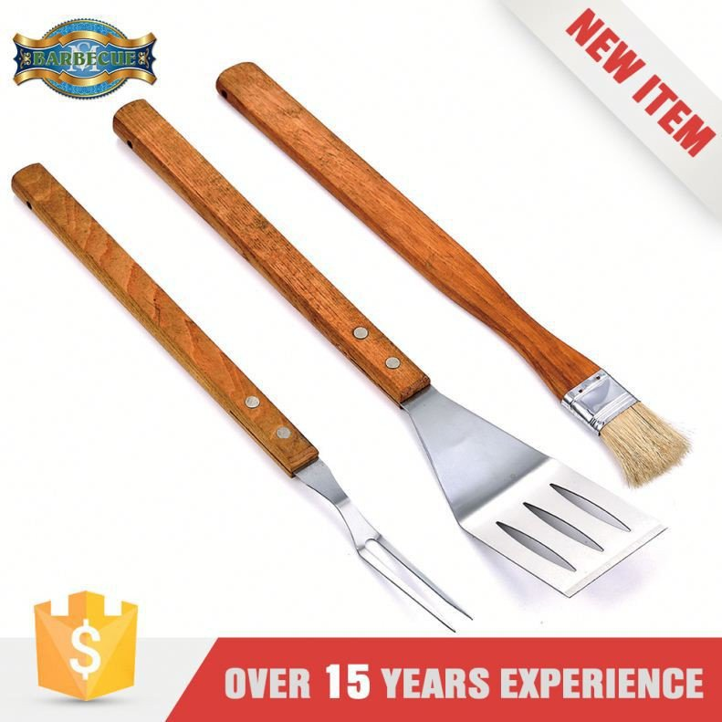 Wholesale Easily Cleaned Wooden Handle Bbq Grill Set